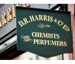 D. R. Harris - История появления